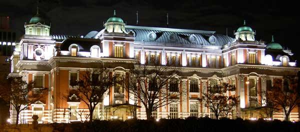 大阪市中央公会堂の夜景